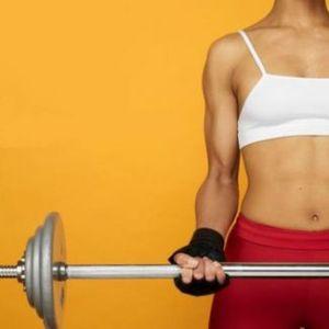 entrenamiento-fuerza-biceps-ejercicio-fisico-deporte